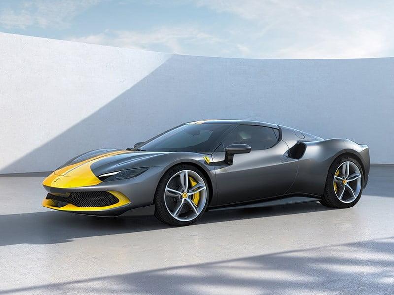 Представлен новый супергибрид Ferrari