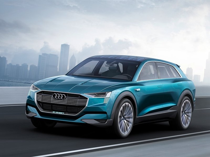 В Audi решили обновить E-Tron