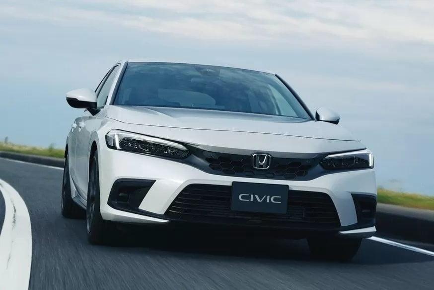 Новый Honda Civic стартует на родине марки: только хэтчбек и турбомотор (6 фото)