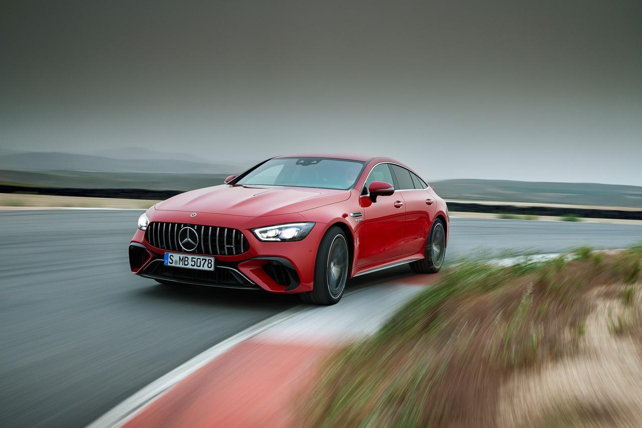 Самый мощный Mercedes-AMG: почему он важен для всей индустрии? (2 видео + 5 фото)